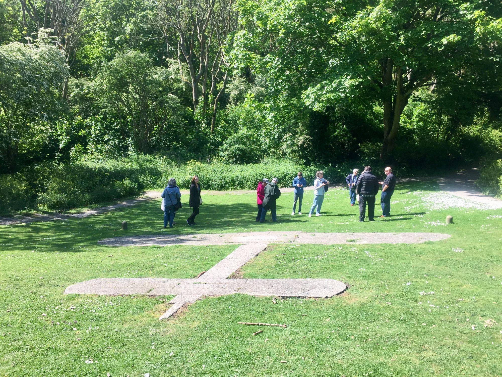Memorial to Louise Berliot