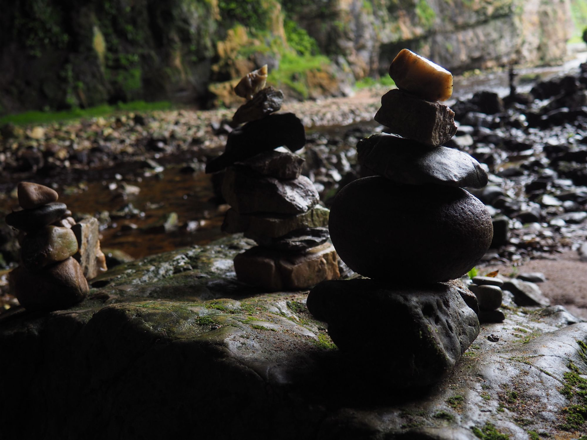 stacked rocks, Smoo Cave