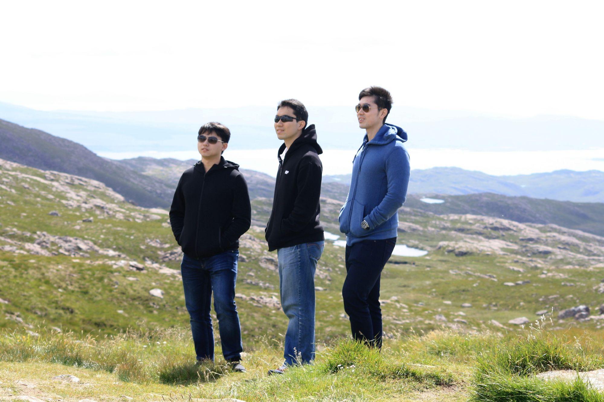 3 cool dudes