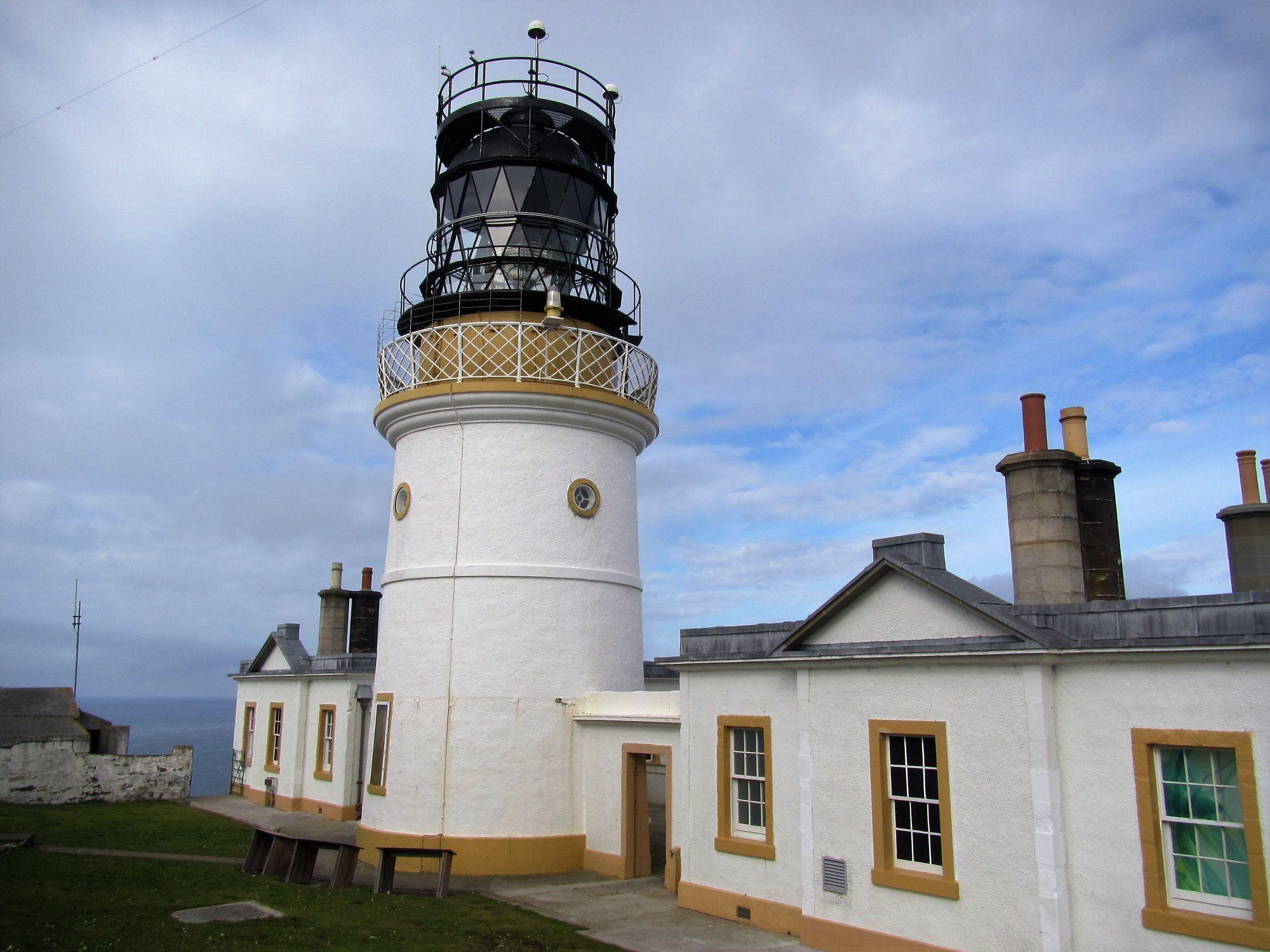 Sumbrigh Head lighthouse
