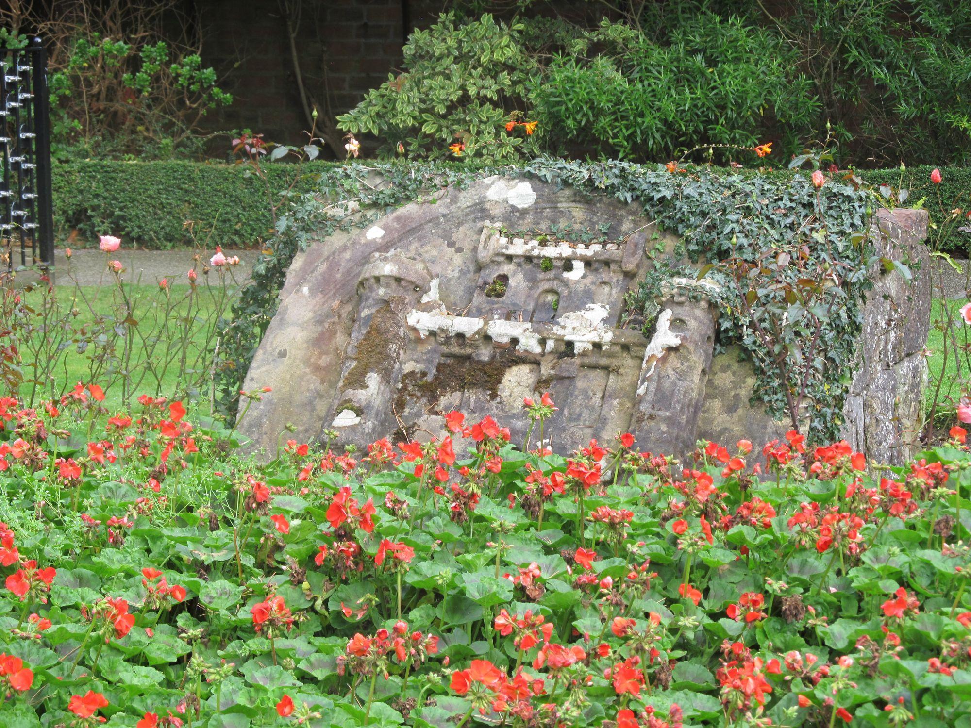 Rock of castle at Burns Park