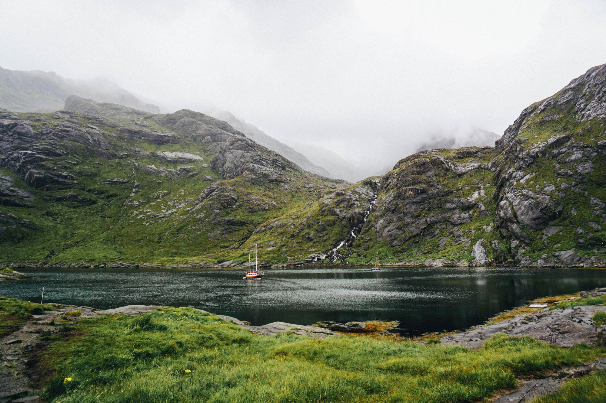 Sailing to Loch Coruisk
