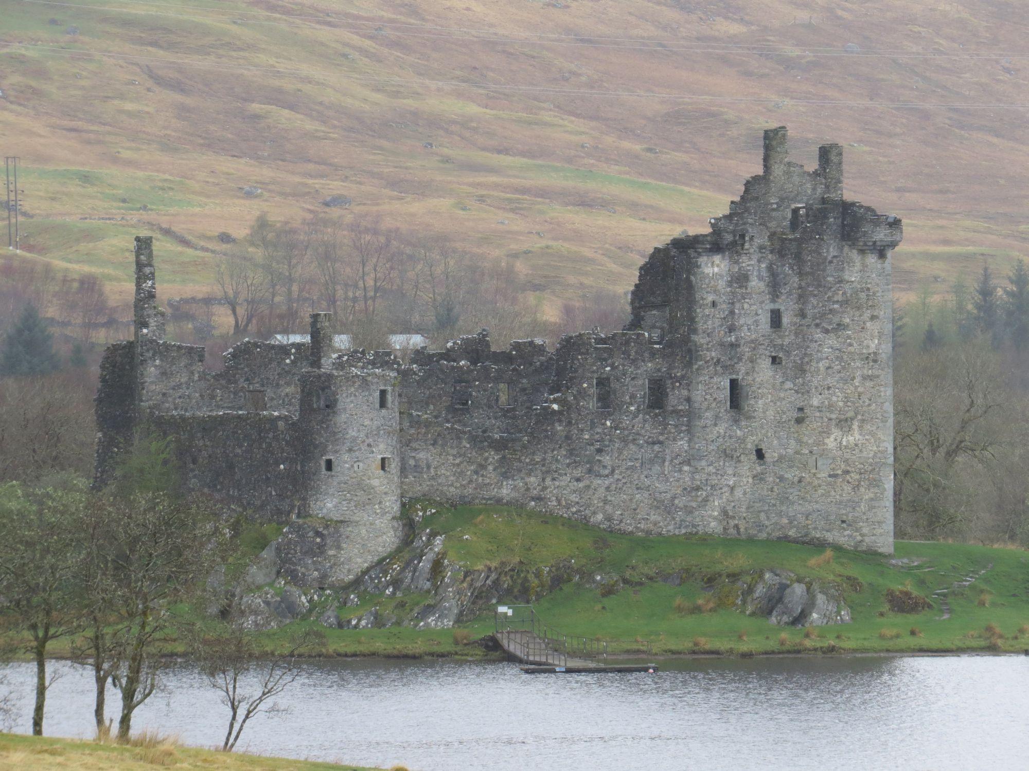 Inverawe Castle