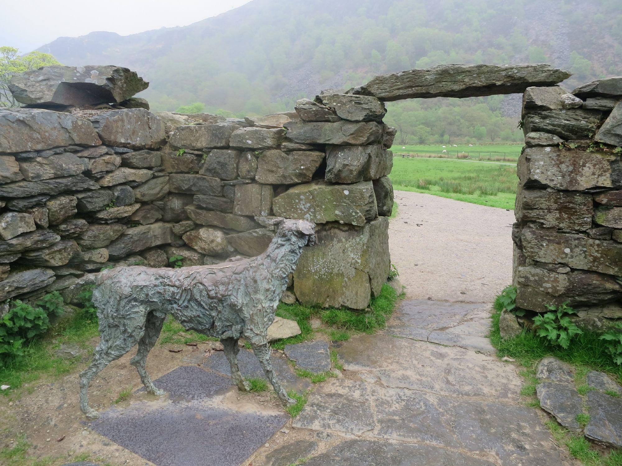Snowdonia, Gelerts Grave