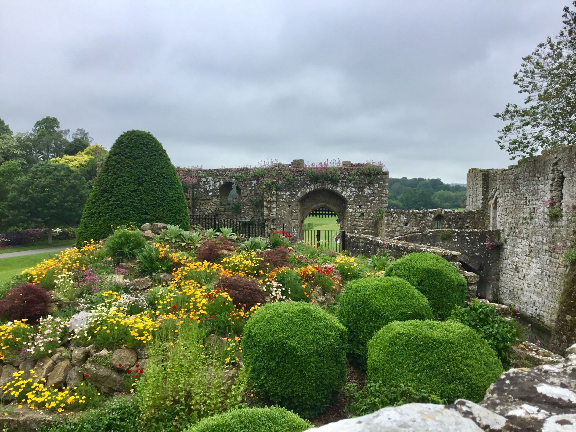 Leeds Castle grounds