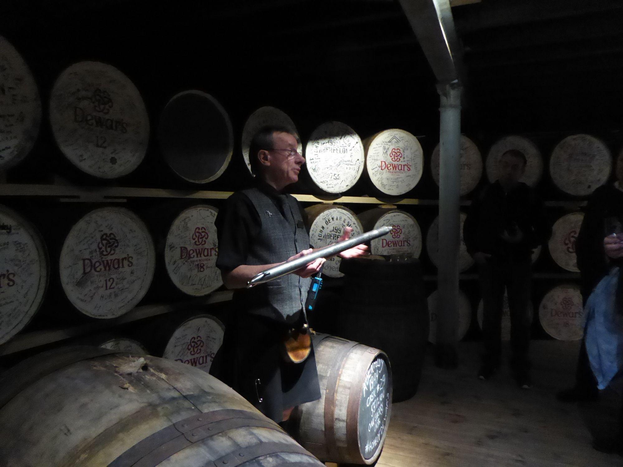 Dewar whisky tasting