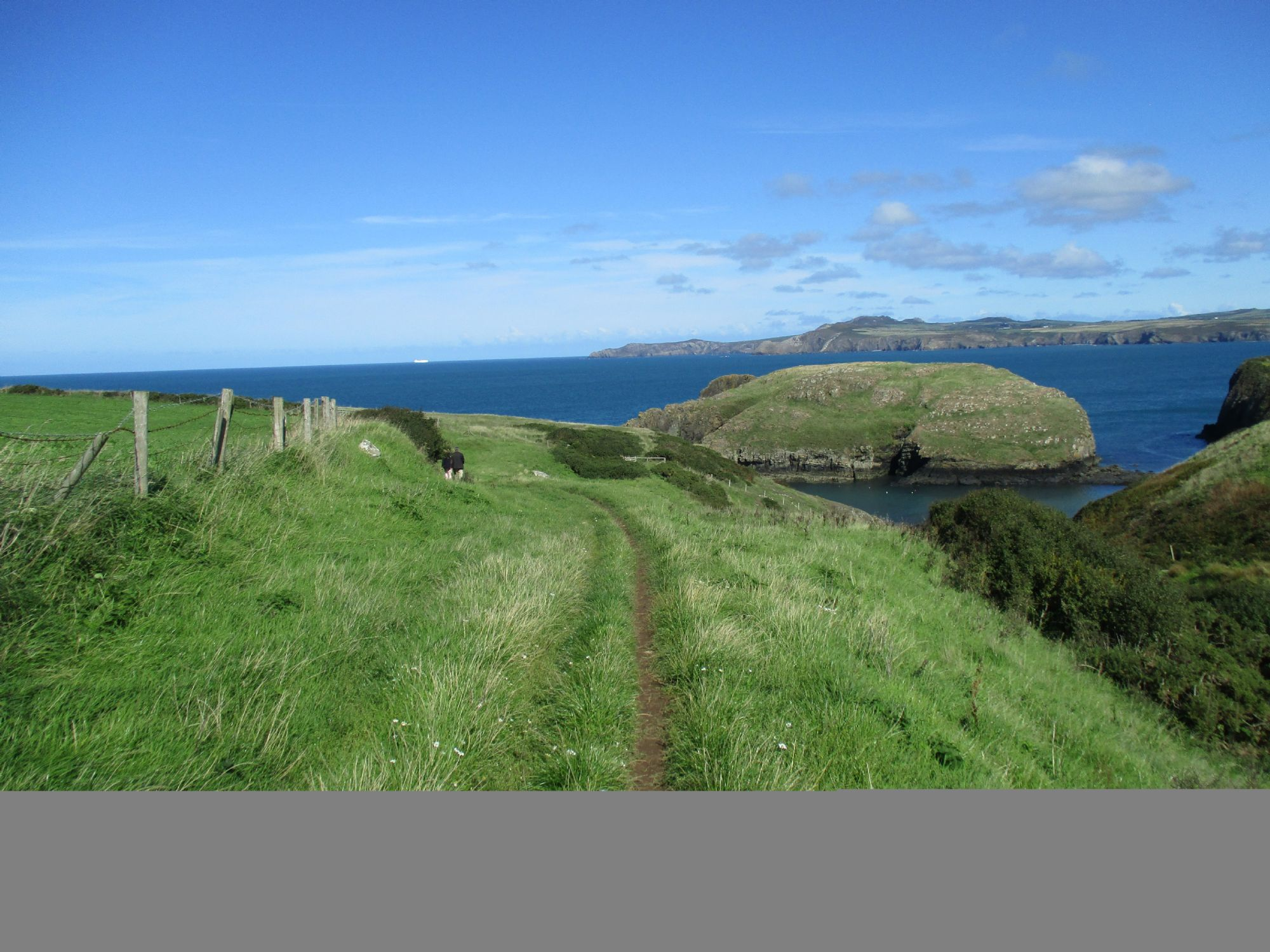 Abercastle Bay coastal walk