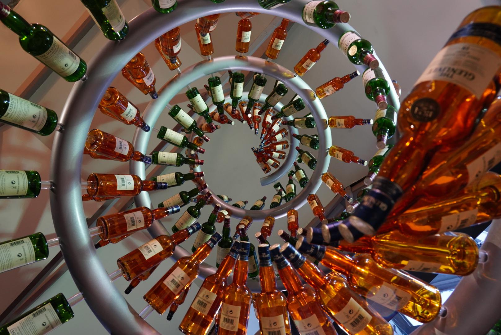 Glenlivet bottle spiral