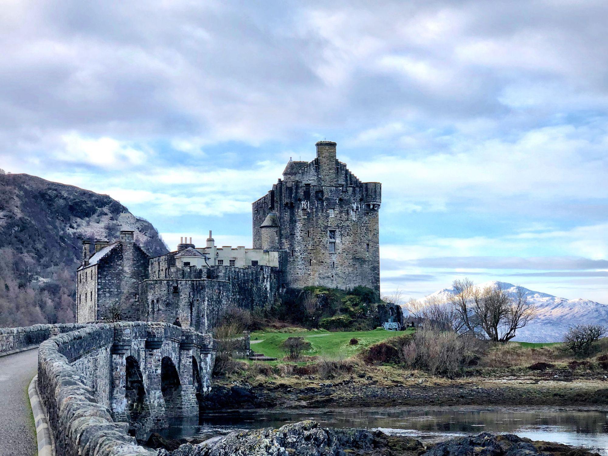 Eilean Castle. IG:mchbrahm