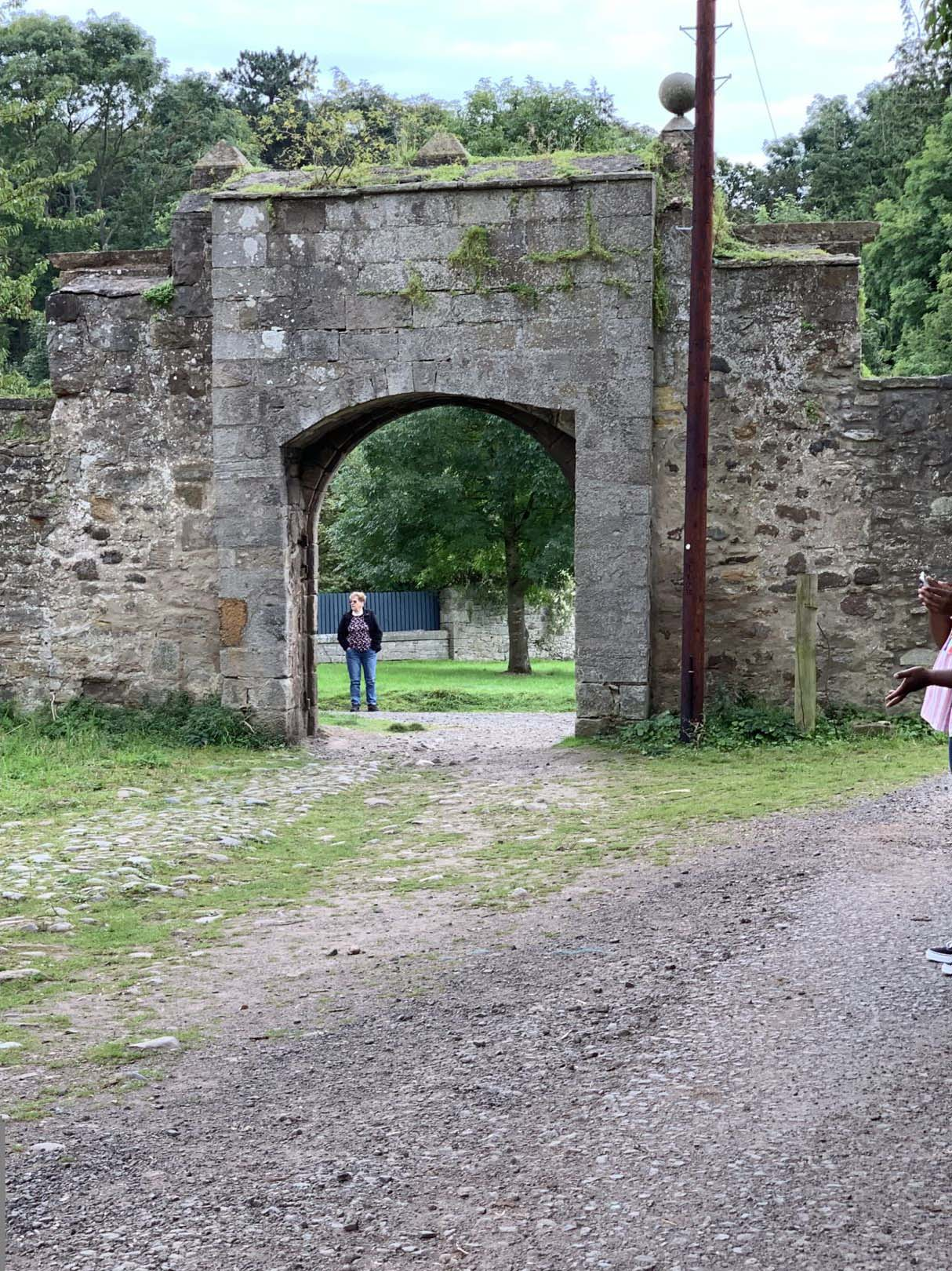 Jamie?s Arch Lallybroch